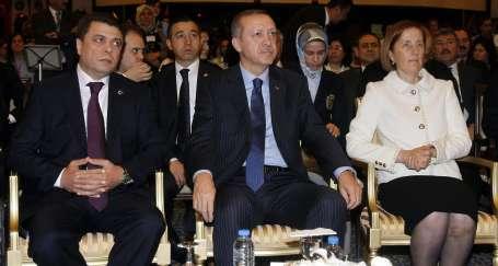 Hükümetin istikrarı Kavlak'ı sevindirdi