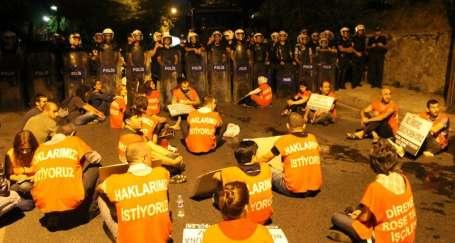 Roseteks işçileri hakları için direniyor