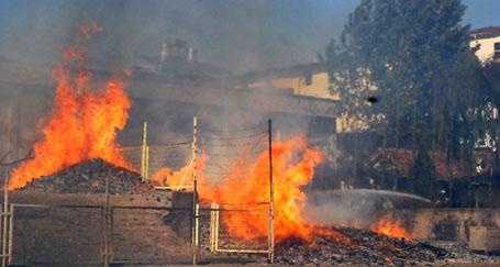 Narenciye fabrikasında yangın