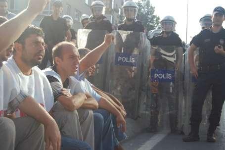 Teksim'de polis baskısı artıyor