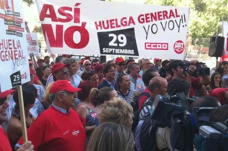 İspanya ayağa kalkıyor
