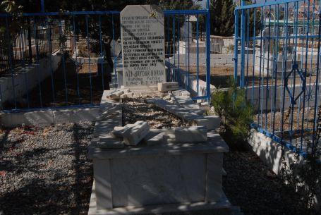 Alevilerin mezarlarına saldırı
