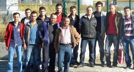 Gezer işçileri fabrika önünde eylemde