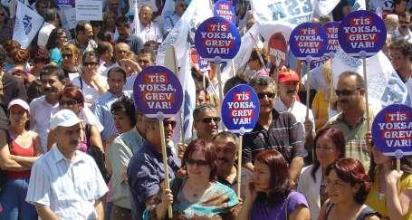 KESK, demokrasi ve emekten yana tutum alacak