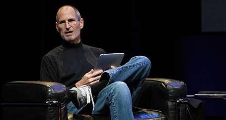 iPad tanıtıldı Steve Jobs konuşuldu