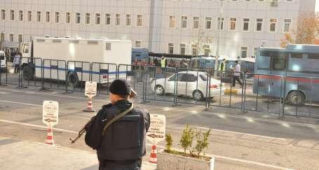 Kürtçe yazılı savunma Milletvekili Irmak