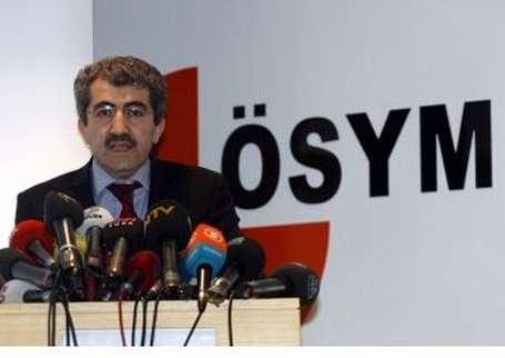 'Talebeler Ali Demir'in elini öpsün'
