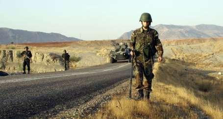 Operasyonlar can alıyor: 1 asker öldü, 8 yaralı