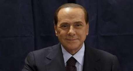 Berlusconi'ye seçim darbesi