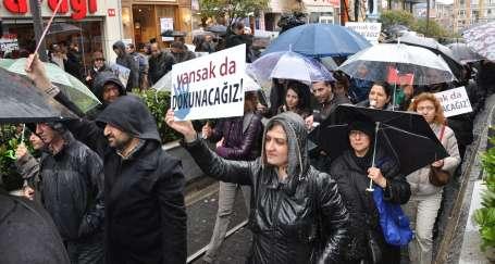 Şık ve Şener için yürüyen gazetecilere ceza