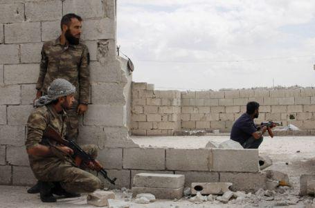 Suriye muhalefetindeki çatlak büyüyor