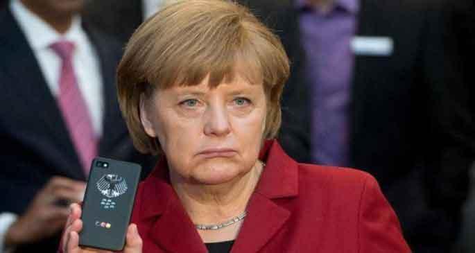 ABD Merkel'in telefonunu dinledi!