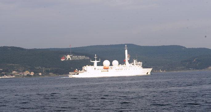 ABD ve Fransa savaş gemileri Marmara\