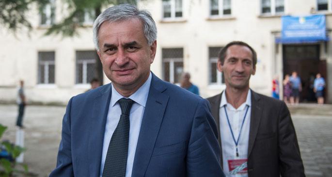 Abhazya'nın yeni Cumhurbaşkanı Raul Hacimba oldu