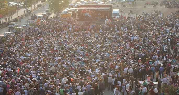 Adana'da Aşure etkinliğine binler katıldı