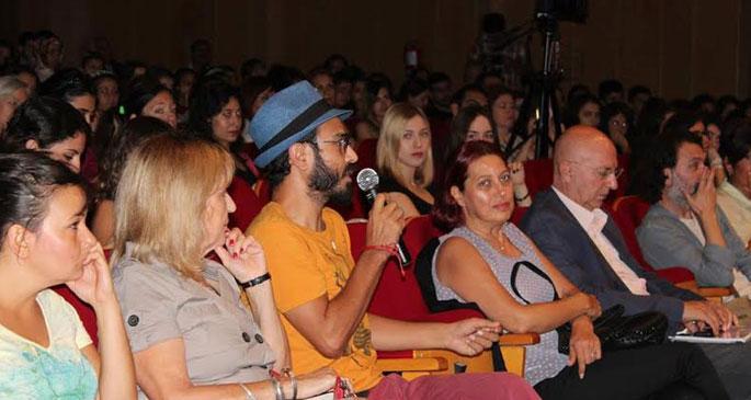 Adana'dan sinemaya açılan dünya