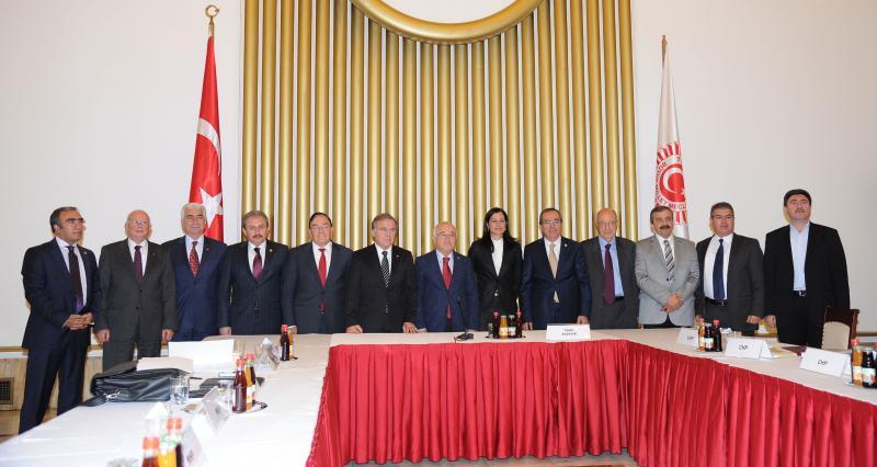 AKP Meclis Anayasa Uzlaşma Komisyonuna katılmadı