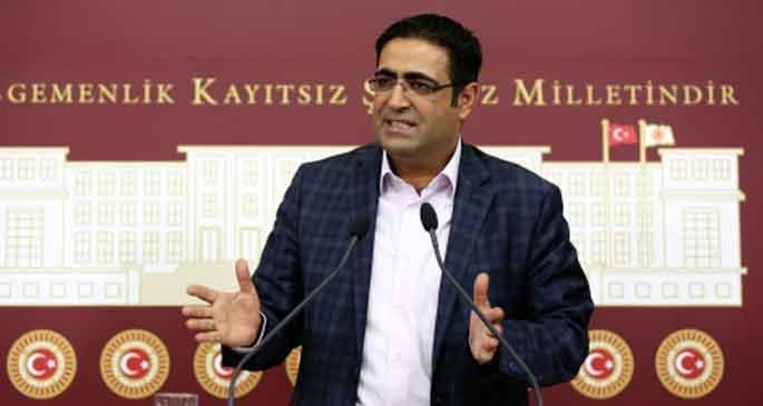 AKP 'yasama', Muhalefet  partileri 'denetim' istedi