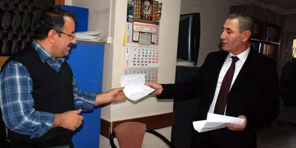 AKP\'li meclis üyesi \'yolsuzluk\' nedeniyle istifa etti