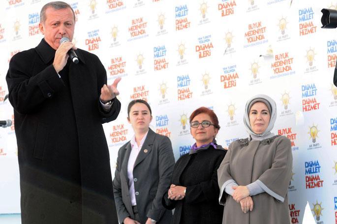 \'Atatürk hayatta olsa senin gibi adamı partinin başına getirmezdi\'