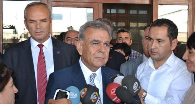 Aziz Kocaoğlu\