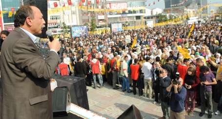 İstanbul'da blok adayları halkla buluştu