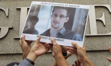 Kerry: Snowden vatana ihanet etti