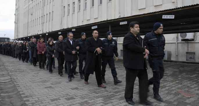 BDP 243 seçilmişin tahliyesi için kolları sıvadı