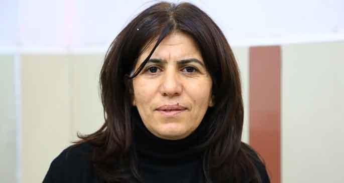 BDP: Lice\'de askerler halk tarafından alıkonuldu