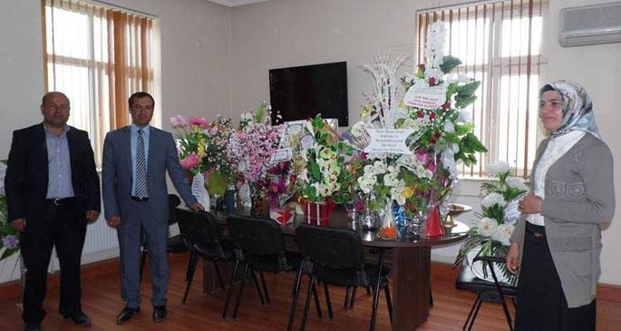 BDP'li belediyeye gelen çiçekler siyasi tutuklular için satışa çıktı