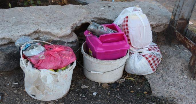 Belediye bu çöpleri neden toplamıyor?