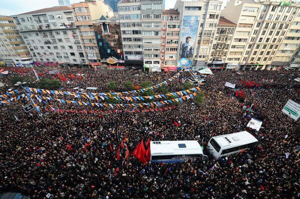 Türkiye, Berkin Elvan\'ı uğurluyor (Dakika Dakika Gelişmeler)