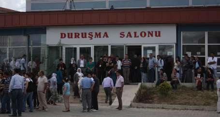CHP'li vekil: Burası bir savaş mahkemesi