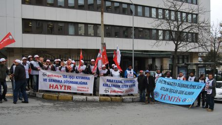 Pakmaya işçilerinin mücadelesi sürüyor
