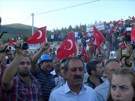 İşçiler AKP'ye Sodra Dağı'ndan seslendi