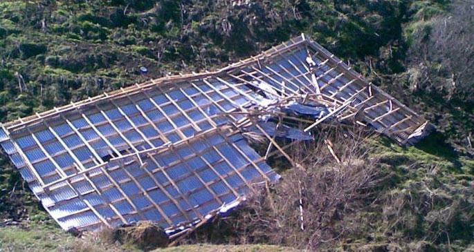 Çatısı uçan eve SYD vakfından 150 TL ödenek çıktı!