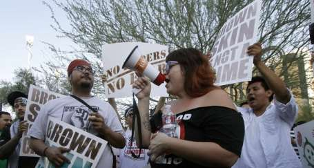 ABD'de ırkçı yasa onaylandı