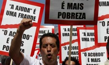 Portekiz'de kemer sıkmama eylemi