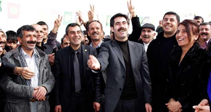 'Cemaat ve AKP'nin birbirlerine söylediklerinin hepsi doğru'