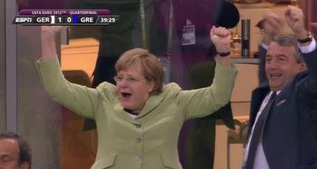 Dikkat Merkel geliyor!
