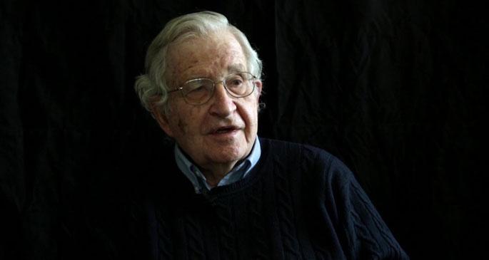 Chomsky, Türkiye'nin Kürt politikasını eleştirdi