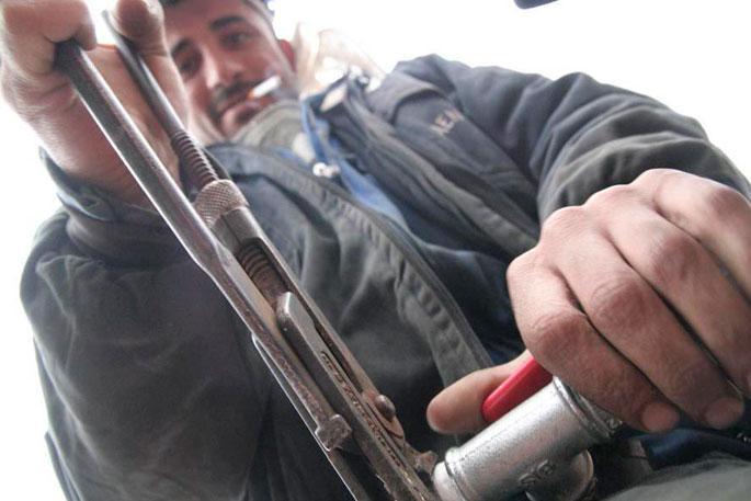 HDP adayı işçiler: Cıvatayı sıkarken siyaset yapacağız