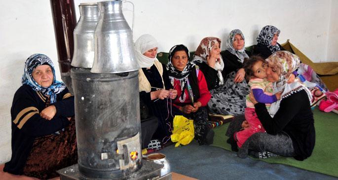 Çocuklarını nefesiyle  ısıtan anneler diyarı!
