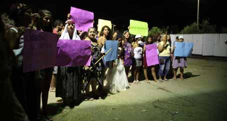 Genç kadınlar gerçek eşitlik için mücadeleye