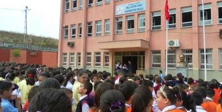 Okullarda kaos, öğrencilerde travma