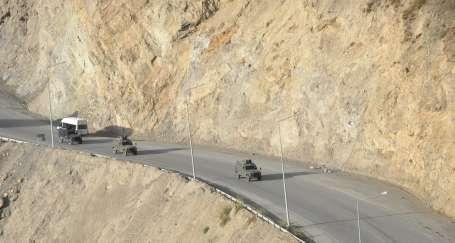 Askeri araca saldırı: 4 ölü 5 yaralı