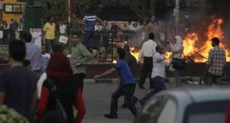 Mısır sokakları yine ısındı