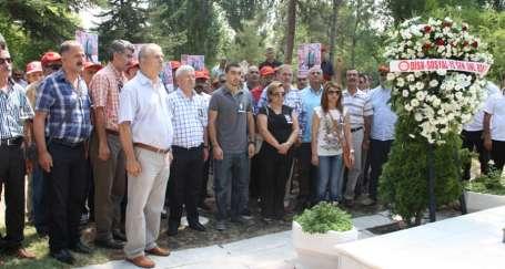 Mahmut Seren mezarı başında anıldı