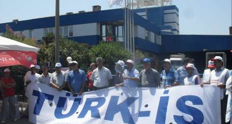 Billur Tuz önünde demokrasi nöbeti