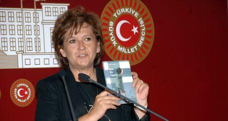 'Tuzcuoğlu, Türkiye'nin  vicdanıdır'